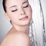 しっかり保湿で潤い肌に!乾燥肌におすすめの化粧水と正しい保湿方法