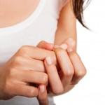 爪のでこぼこは身体からのサイン?爪の変化の原因と対策
