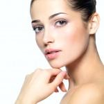 敏感肌を徹底対策する!美肌を叶えるスキンケア方法とは?