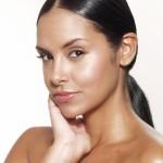 脂性肌(オイリー肌)を改善する!美肌を叶えるスキンケアのポイントとは?
