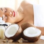 【必見!】ココナッツオイルをお肌に使う方法!美肌のために取り入れる方法とは?