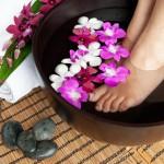 むくみ・冷えを解消!足湯の効果&より効果的に楽しむ方法