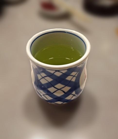 二日酔いに効く食べ物 お茶