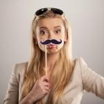 女性のひげは身体からのサイン?濃くなる4つの原因と正しい処理方法