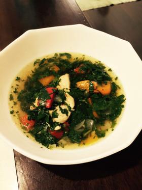 乾燥肌 食べ物 モロヘイヤスープ