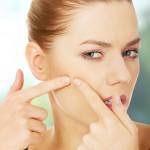 頬ニキビの原因って何?ニキビを防いで美肌を目指す方法!
