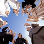 結婚式に出席!30代ワンピースの選び方とおすすめ紹介