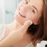化粧水はコットン派?お肌に潤いを与えるコットンの使い方を再確認