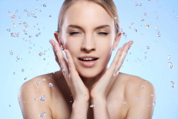 洗顔 角質
