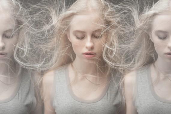 髪の毛 絡まる1