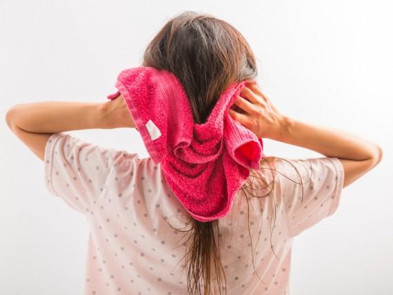髪の毛 絡まる3