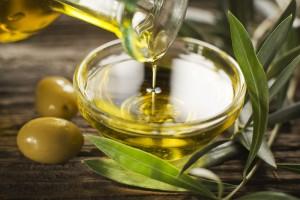 オリーブオイル クレンジング 効果 スキンケア おすすめ オレイン酸