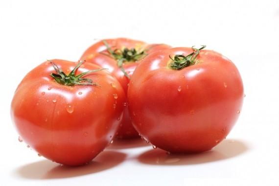 夏バテ 食べ物 トマト