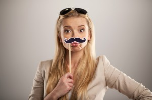 唇 ニキビ 意味 原因 ヘルペス 治し方