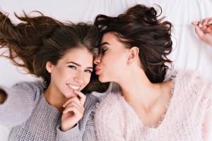 ノンシリコンシャンプー おすすめ 選び方 効果 比較 メリット デメリット 市販 薬局 ドラッグストア 美容院 安い メンズ 女性