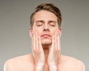 メンズ 髭剃り 肌荒れ シェービング カミソリ負け 対策 方法 スキンケア
