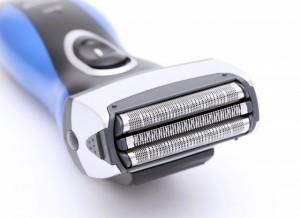 髭剃り 肌荒れ ウェット シェービング カミソリ負け 対策 方法 電気シェーバー