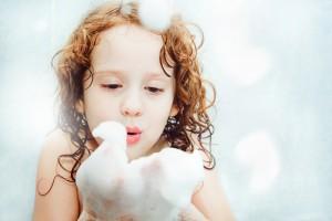 ボディクリーム プチプラ_やさしく体を洗う