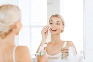 炭酸 化粧水 ミスト 効果 おすすめ 使い方