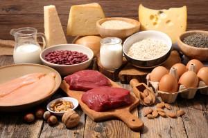 オールシーズン気を付けたい美白*・美肌のためのケアポイント 食べ物 タンパク質