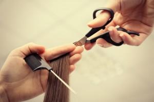 ぱっつん 前髪 切り方