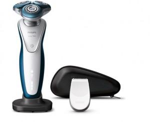 フィリップス Shaver series 7000ウェット&ドライ電気シェーバー S7521/12 髭剃り 肌荒れ
