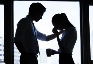 社内 恋愛 きっかけ 職場 心理 行動
