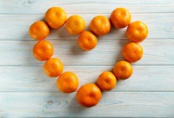 オレンジ チーク