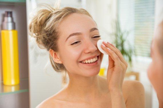 拭き取り化粧水 使い方 おすすめ ふき取り