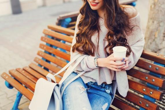 コスメパーマとは 美容 デジタル ヘア カラー 化粧 スタイリング ダメージ 還元 コスメ スタイル ヘアスタイル ウェーブ ウエーブ ストレート 薬剤 成分 シャンプー 施術 部外 医薬 前髪 ケア 矯正 髪形 失敗 髪の毛 メリット トリートメント オススメ