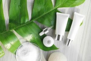 オーガニック 化粧水 ランキング おすすめ 保湿 美白 プチプラ
