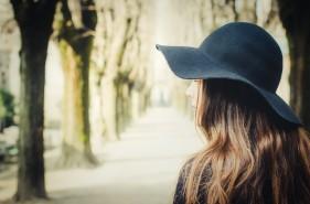 頭皮 乾燥 フケ ローション 原因 かゆみ シャンプー 対策