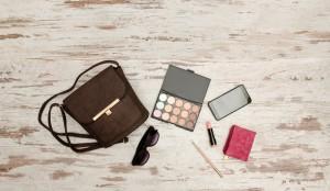 化粧品の使用期限を見分ける