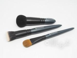 アルティザン&アーティスト ファンデーションブラシ メイクブラシ おすすめ 人気 化粧筆 プチプラ