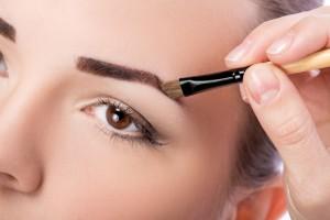 アイブロウブラシ おすすめ 人気 選び方 ブランド 高級 プチプラ 眉毛