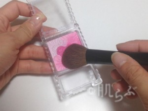 紫チーク 使い方 応用 キャンメイクピンク
