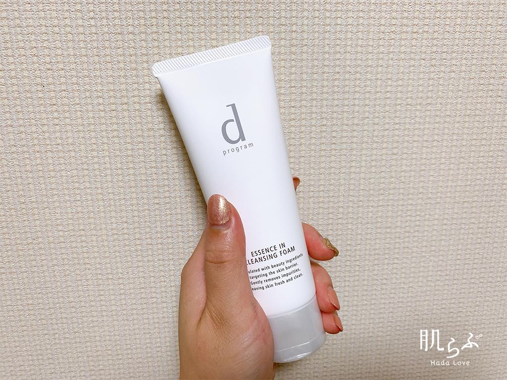 資生堂dプログラム エッセンスイン クレンジングフォーム 敏感肌用洗顔料